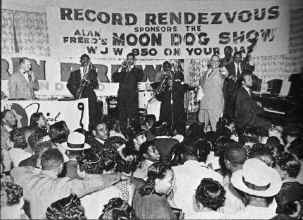 freed_wjw_moondog_show.jpg (168818 bytes)